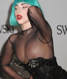 Lady GaGa's peinlicher Nippelblitzer