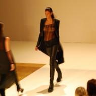 Alisar Ailabouni ungewollter freizügiger Auftritt bei der Fashion Week