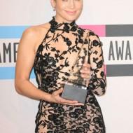 Sexy Jennifer Lopez ist immer für eine Überraschung gut